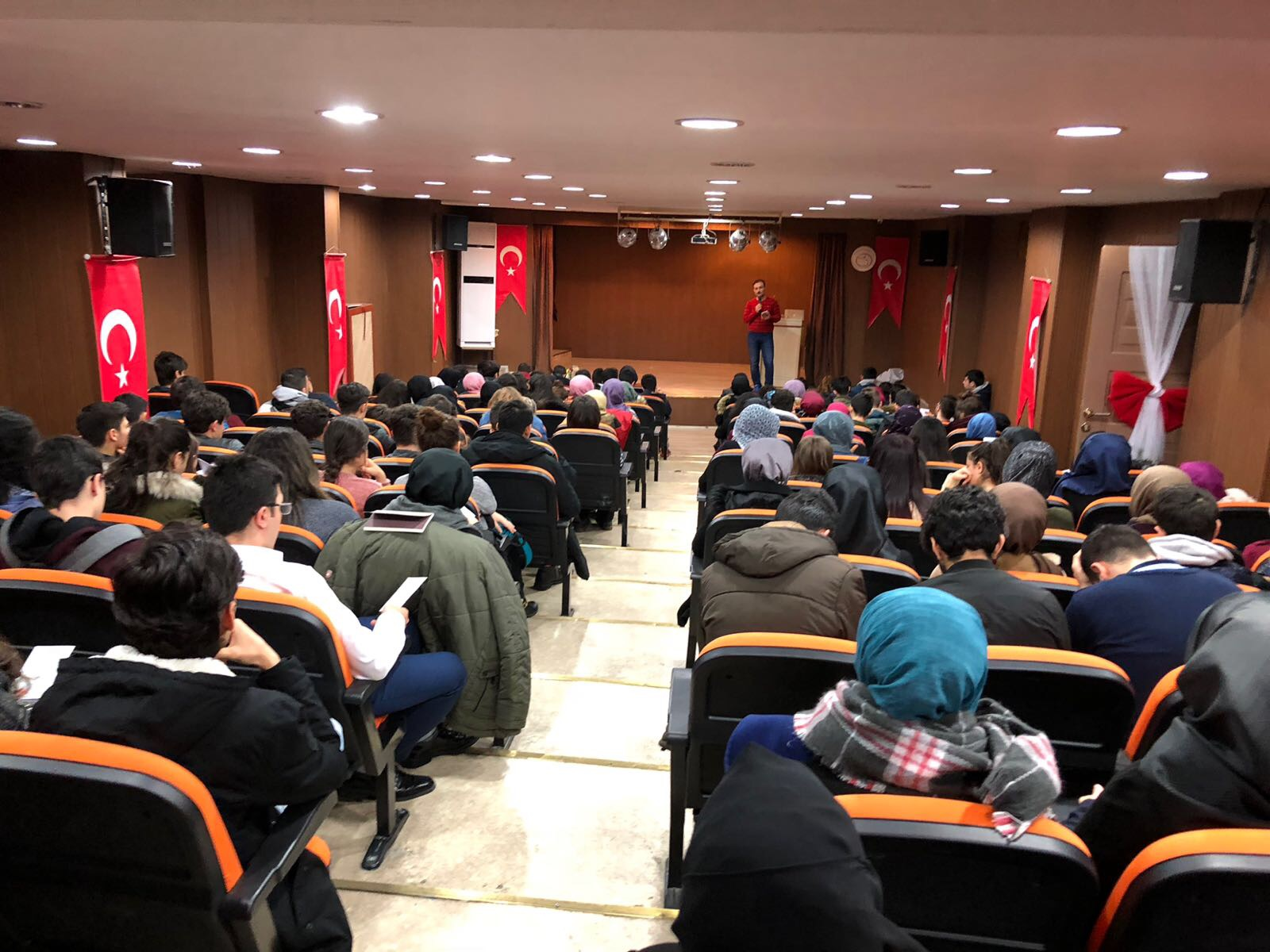Mustafa Tezcan İmza Günü - ETKİNLİKLER - İdeal Akademi Yayınları